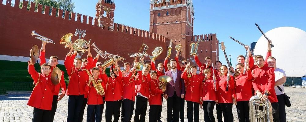 """Духовой оркестр """"Прометей"""", рук. Журин А.В."""
